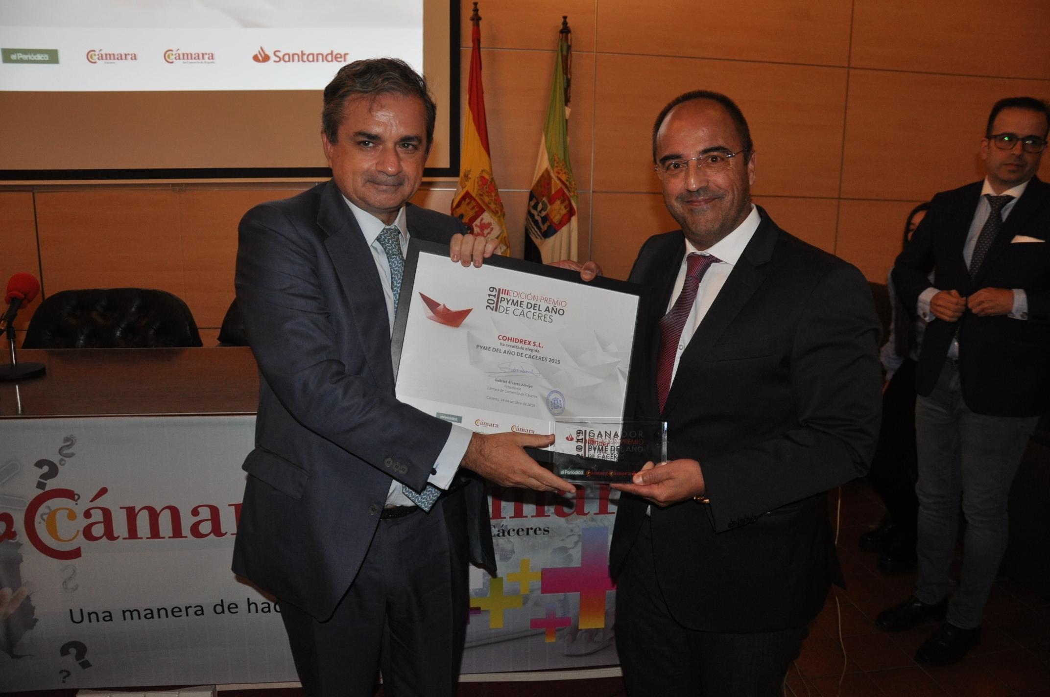 2-Alfonso Domínguez CEO de Cohidrex y Gabriel Álvarez Presidente de la Cámara de Comercio de Cáceres.JPG